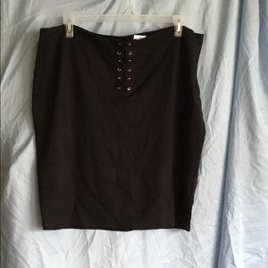 NWT Charlotte Russe black pencil skirt.